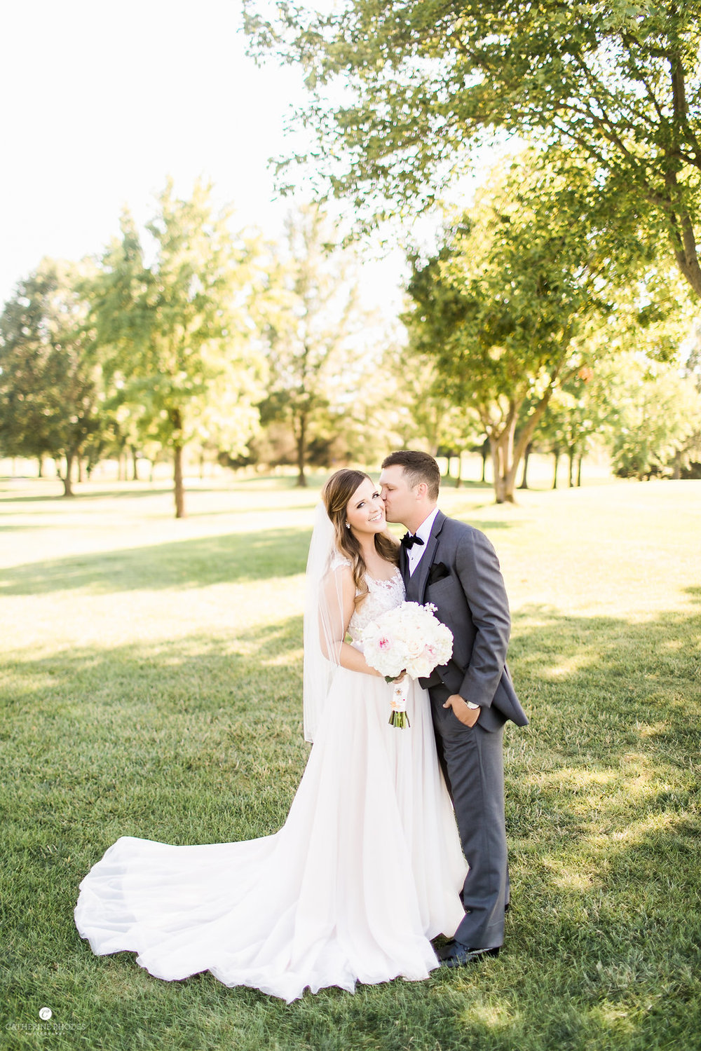 CountryClubofMissouriWedding_AnnaDrew_Portraits_CatherineRhodesPhotography(219of332)-Edit.jpg