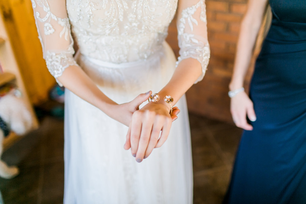 MissouriRusticWedding_StLouisWeddingPhotographer_AliciaDan_CatherineRhodesPhotography-576-Edit.jpg