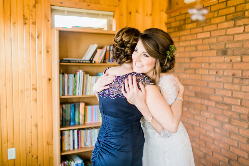 MissouriRusticWedding_StLouisWeddingPhotographer_AliciaDan_CatherineRhodesPhotography-665-Edit.jpg