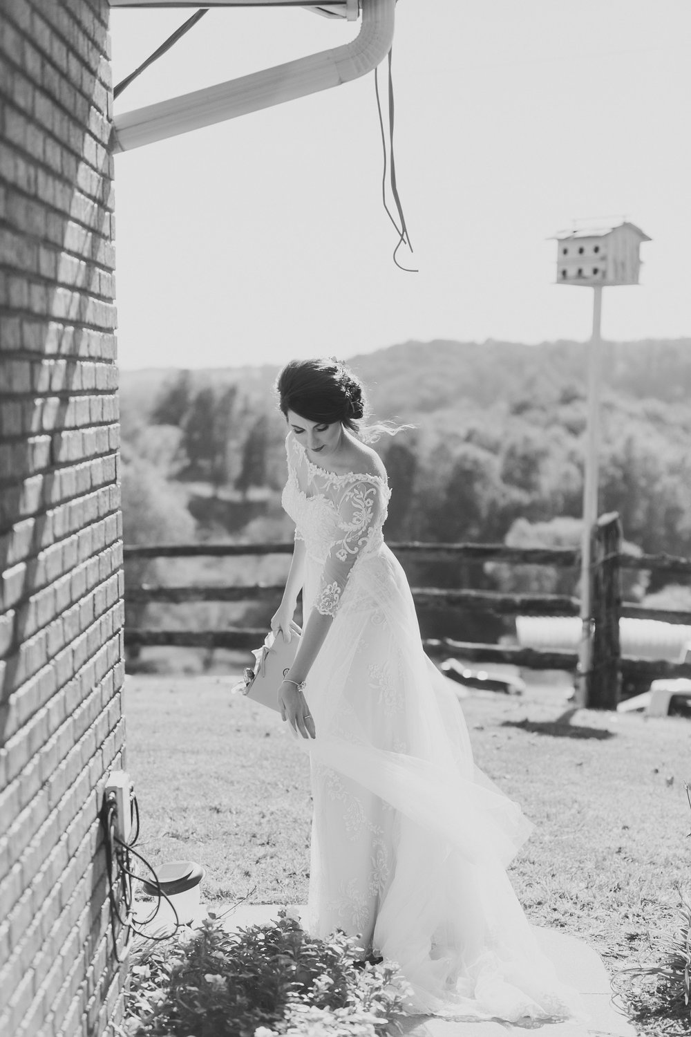 MissouriRusticWedding_StLouisWeddingPhotographer_AliciaDan_CatherineRhodesPhotography-1165-Edit.jpg
