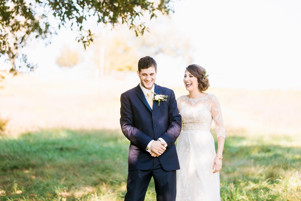 MissouriRusticWedding_StLouisWeddingPhotographer_AliciaDan_CatherineRhodesPhotography-1243-Edit.jpg
