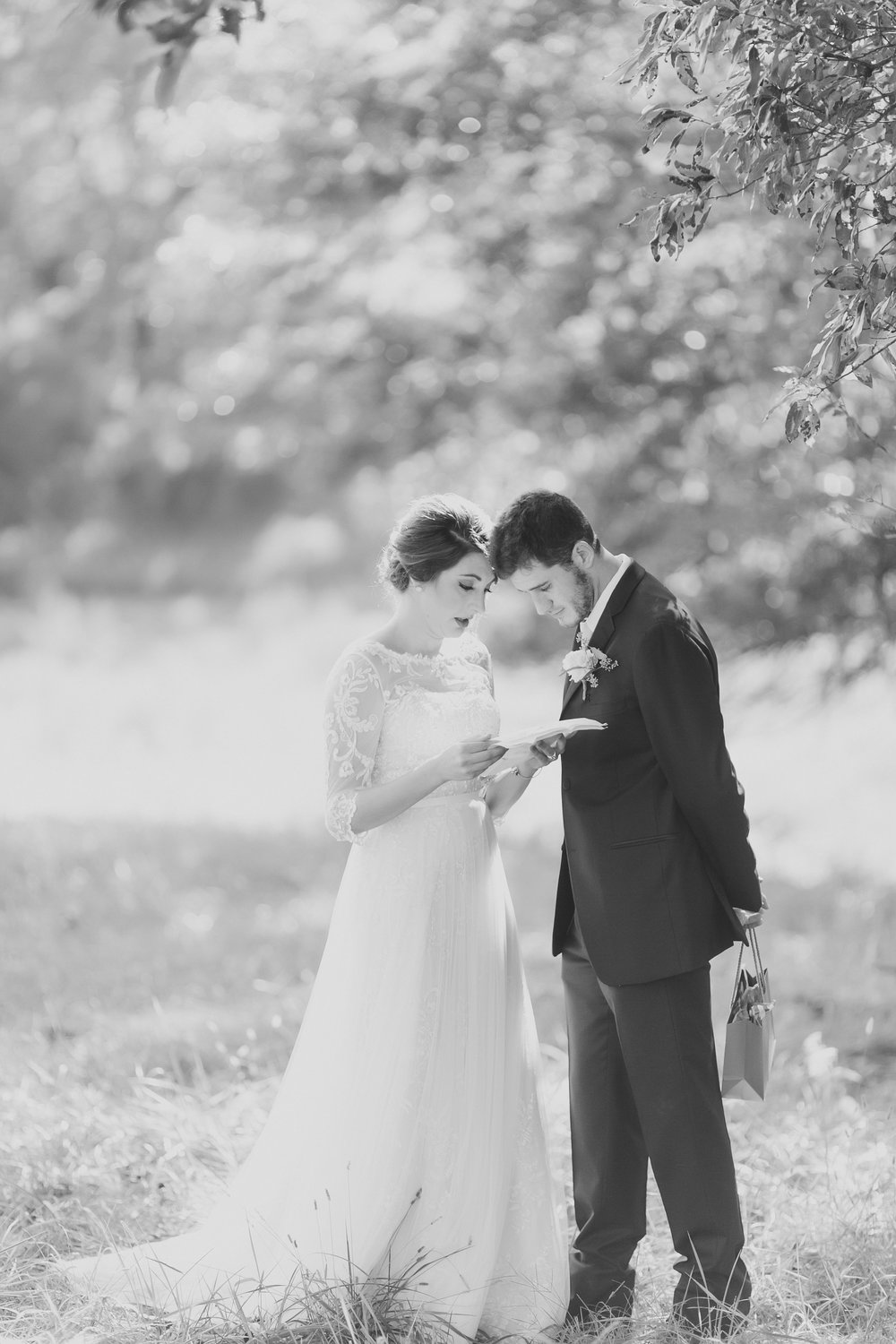 MissouriRusticWedding_StLouisWeddingPhotographer_AliciaDan_CatherineRhodesPhotography-1514-Edit.jpg