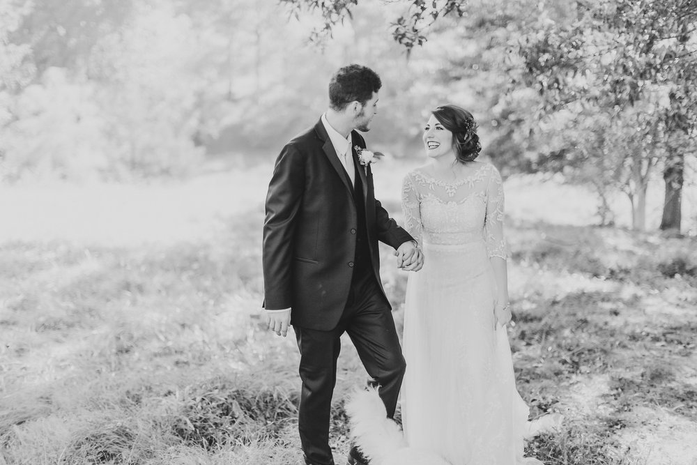 MissouriRusticWedding_StLouisWeddingPhotographer_AliciaDan_CatherineRhodesPhotography-1793-Edit.jpg