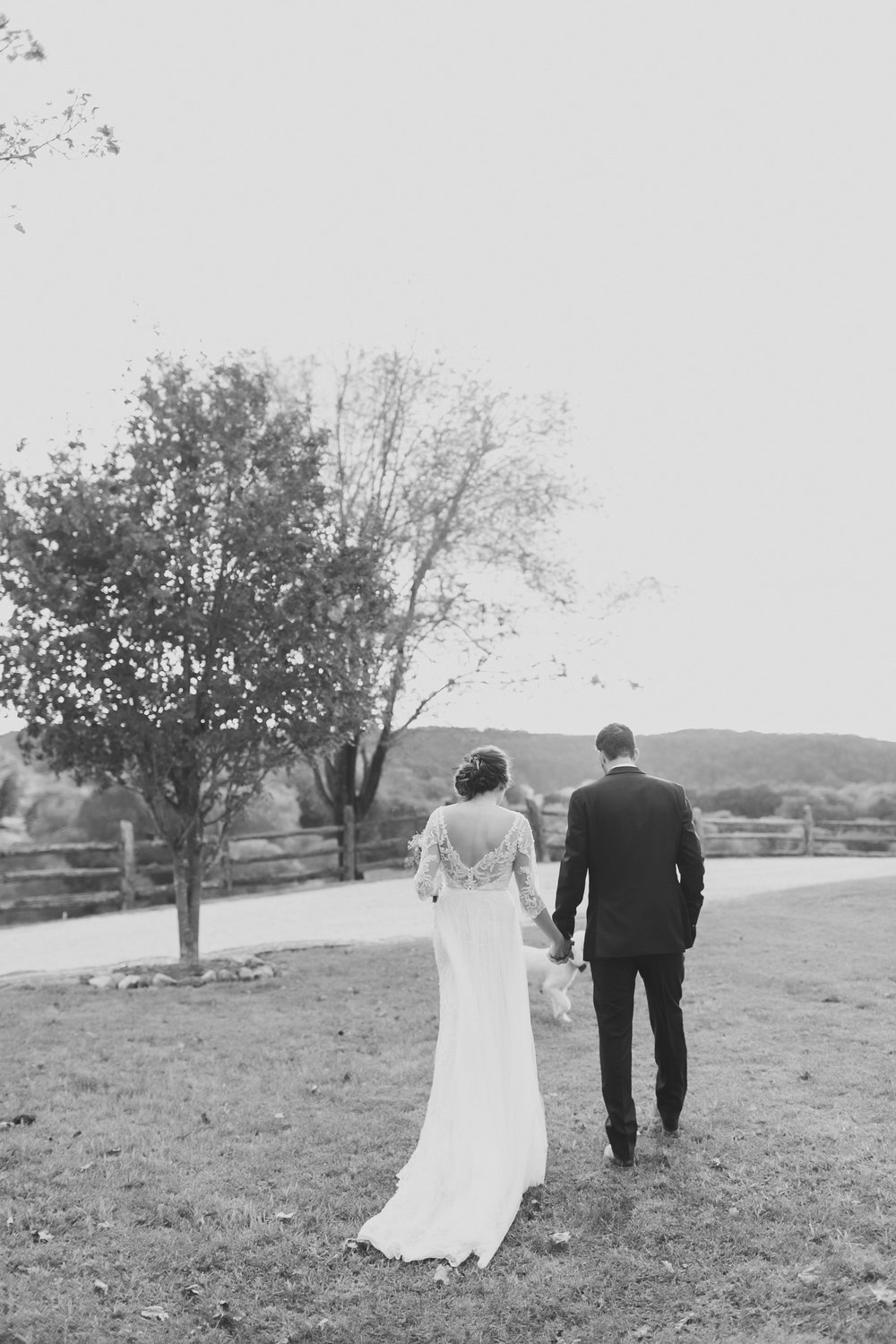 MissouriRusticWedding_StLouisWeddingPhotographer_AliciaDan_CatherineRhodesPhotography-2444-Edit.jpg