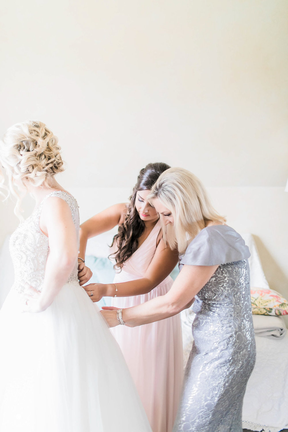 KimballBallroomWedding_GettingReady_KenzieDrew_Portraits_Catherinerhodesphotography(51of190)-Edit.jpg