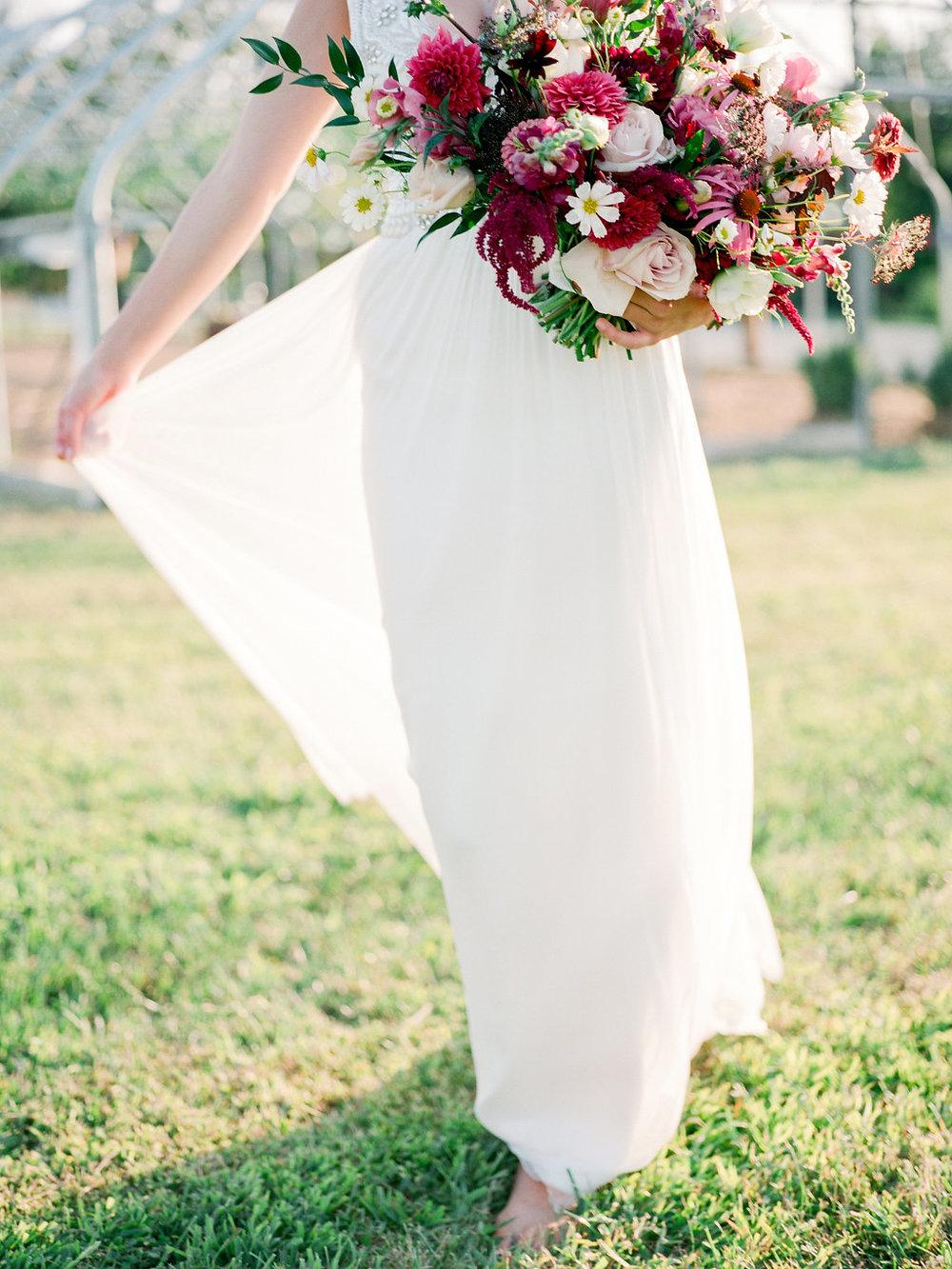 columbia-missouri-blue-bell-farm-wedding-photographer-098.jpg