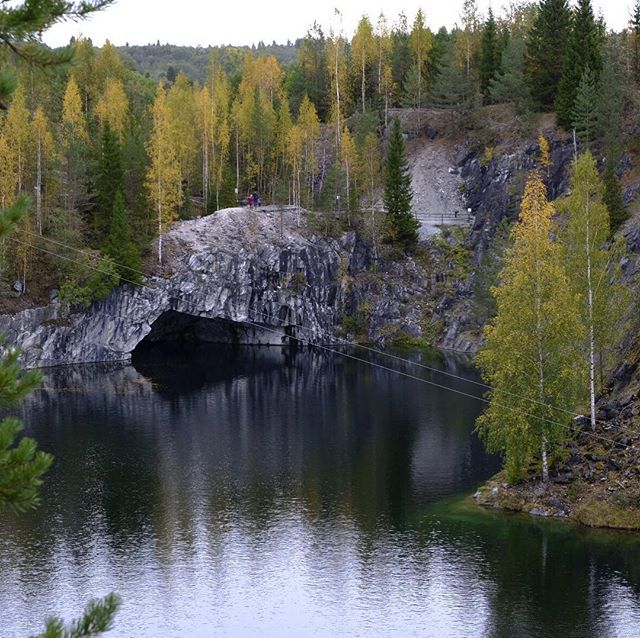 Karelian Quarry . Visit the website @ www.palebluedotphoto.ca (link in profile) . #russia #karelia #karelialive #russia_pics #nature #россия #travel #walk_on_russia #photorussia #rus_places #russia_fotolovers #autumn #russia_img #landscape_russia #москва #vscorussia #russiandiary #russia_ww #russia2018 #ruslavia #photography #natureofrussiaru #sortavala #сортавала #карелия #sortavalafm #архитектуракарелии #архитектура #windows #vsco