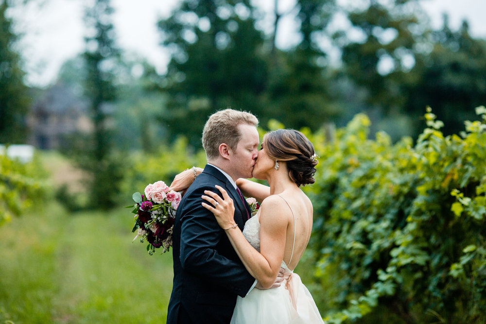 Fall Wedding at Lost Creek Winery -   Kelly Walsh Loss Photography