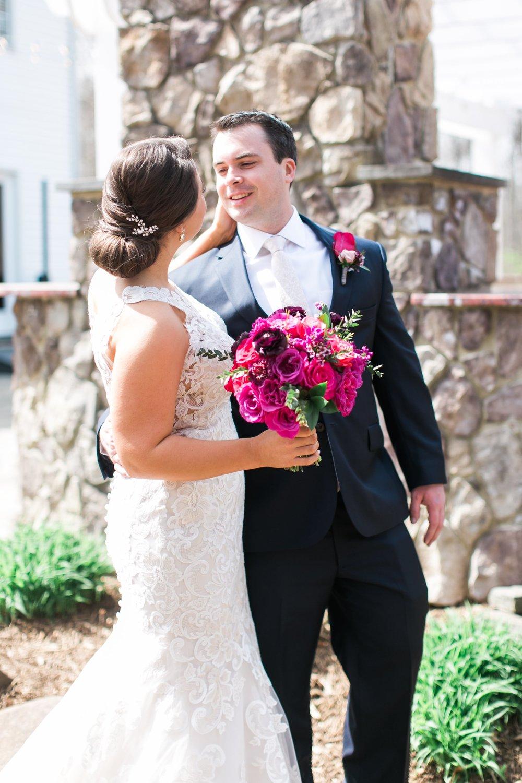 Lost Creek Winery Wedding JR Flowers_(8)-min.jpg