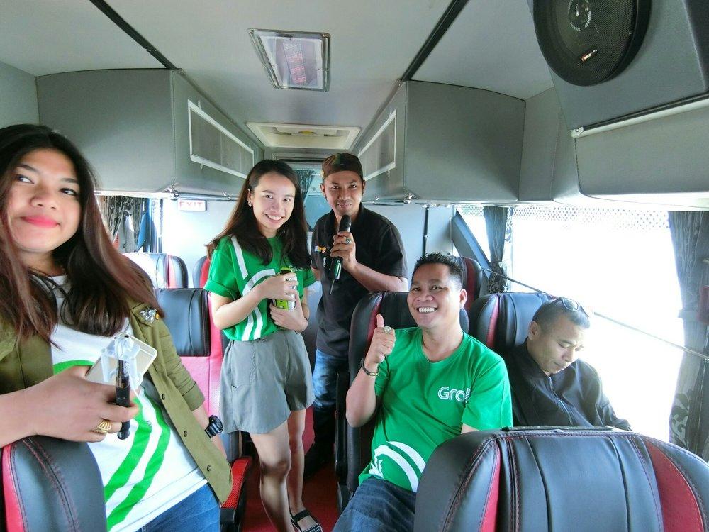 your trip รถบัส 2_171106_0006_0.jpg