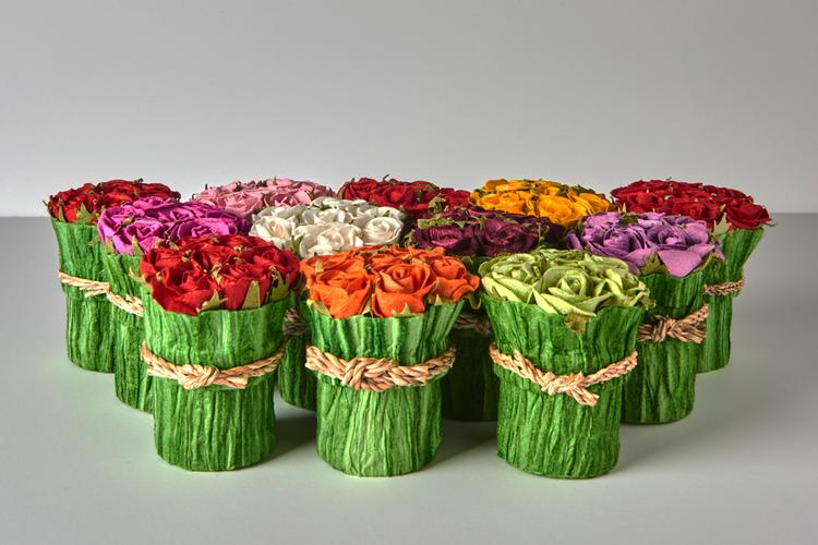 mini bouquet gift box — diane krön chocolatier