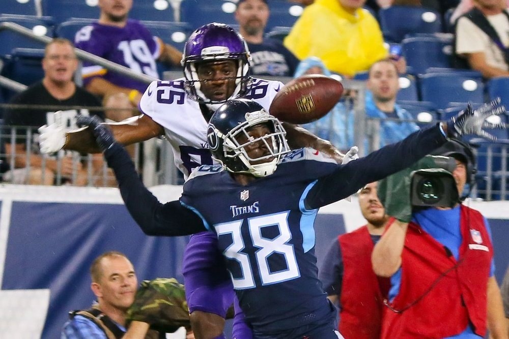 December 18, 2018 - Kenneth Durden signs a 2-year extension with the Tennessee Titans