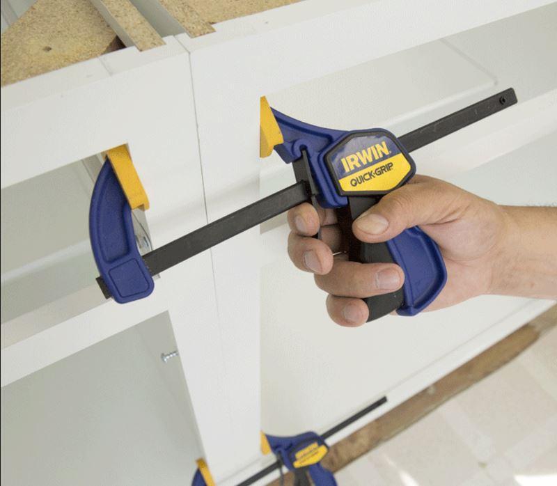 Builders & Shop Fitters