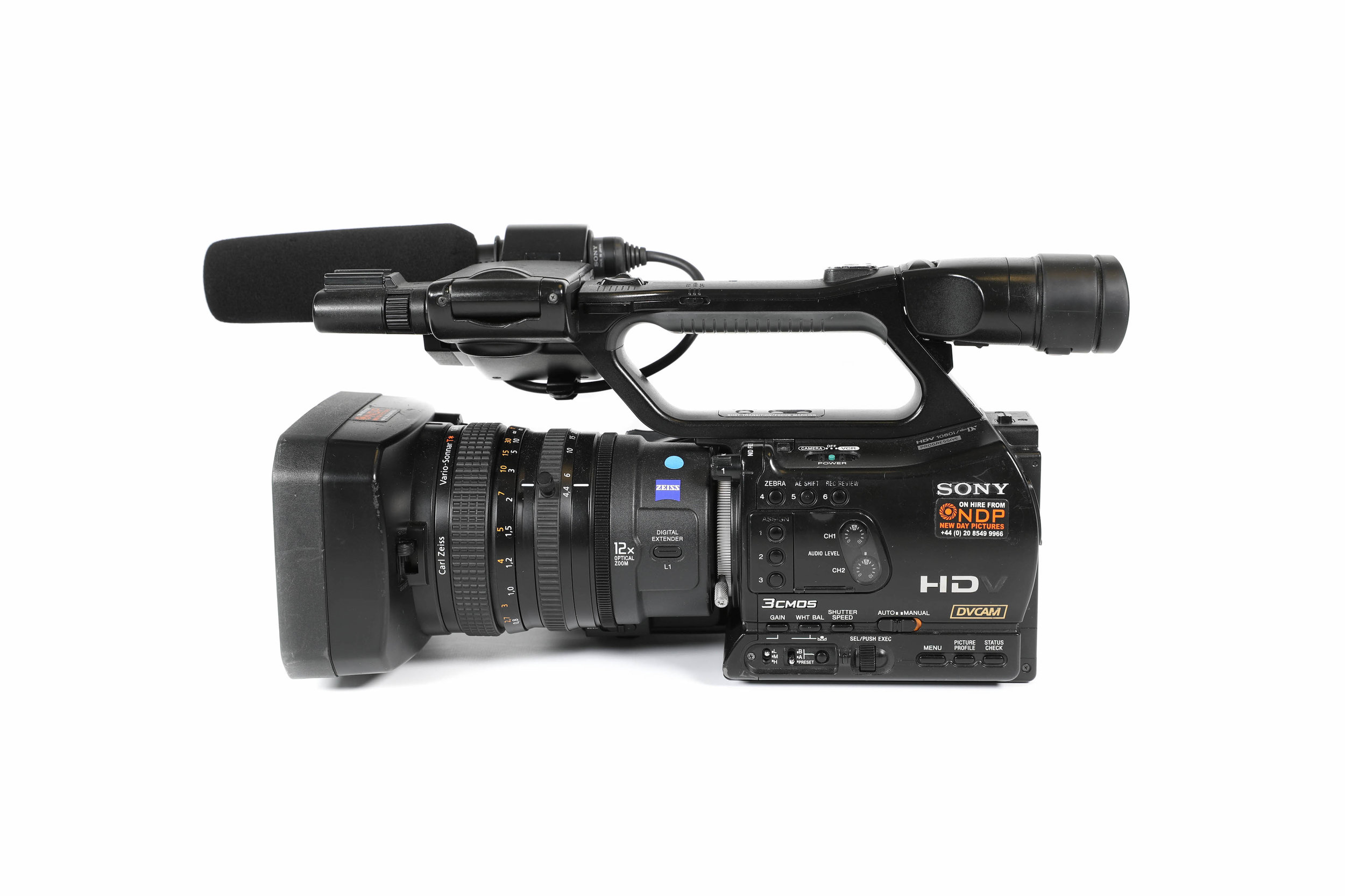 sony hvr z7e complete shooting kit hire u003cbr u003e 75 day or 295 week rh newdaypictures com Sony Handycam Camcorder sony hdv 1080i user manual