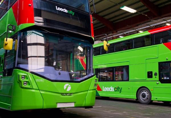 FirstBus LeedsCity buses - 2.jpg