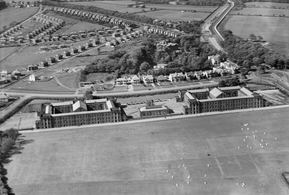 Lawnswood High School for Girls / Leeds Modern School for Boys