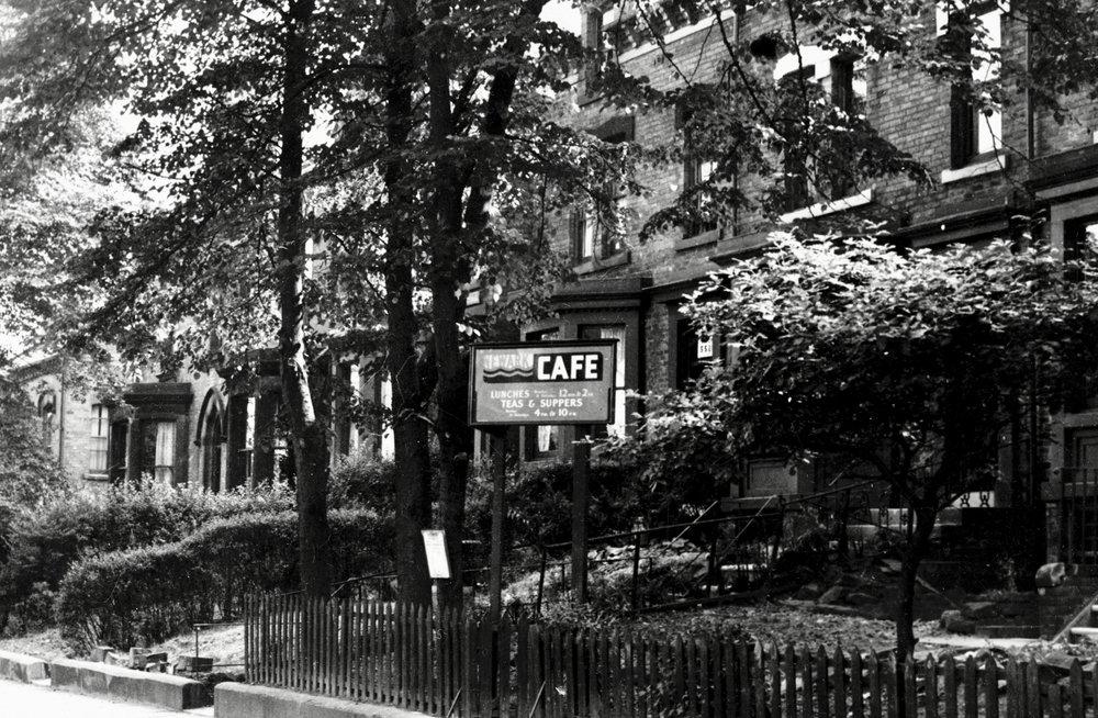 Newark Cafe, Cardigan Road