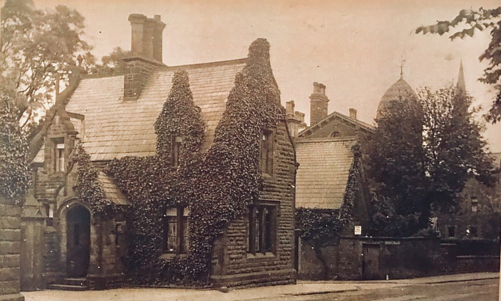 Mr Tetley's Lodge, Spring Bank, Headingley Lane