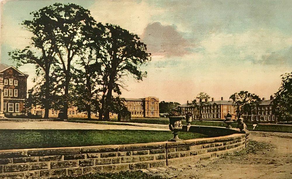Kirkstall Grange gardens