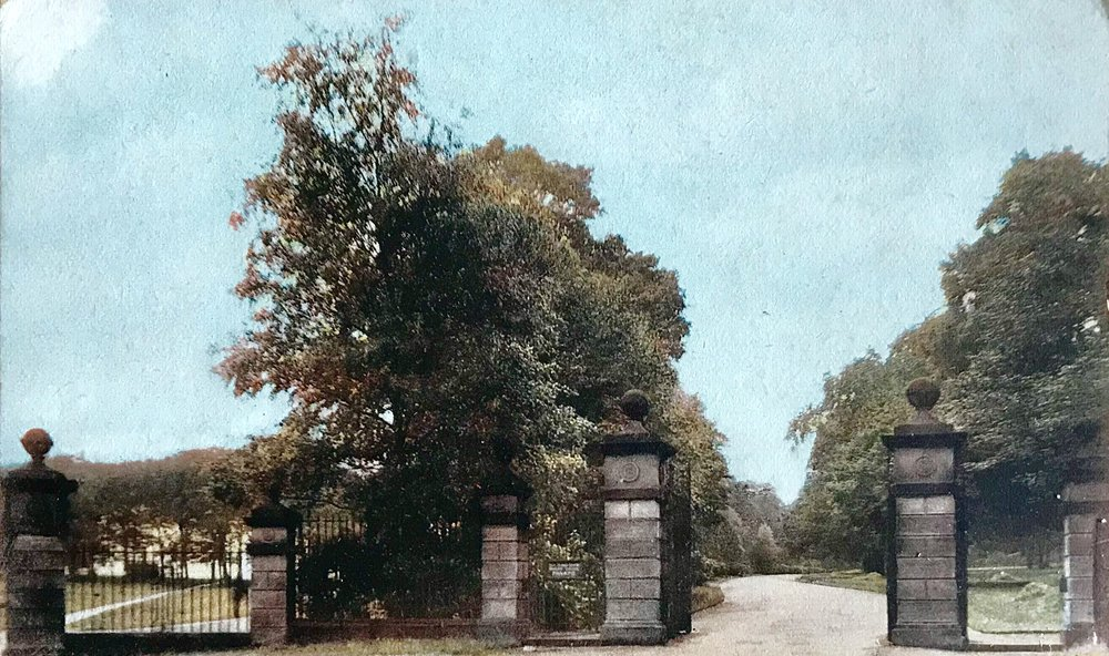 Entrance to Beckett Park