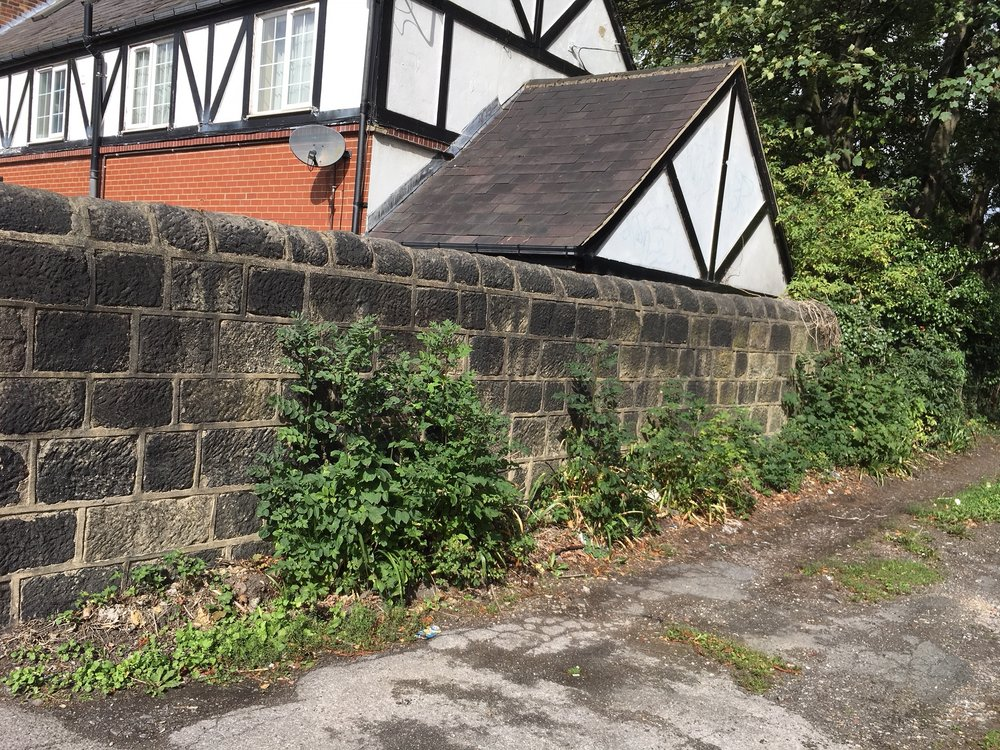 The Garden Wall, eastern exterior, off Victora Road