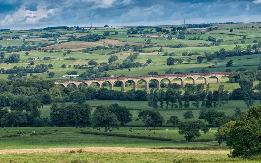Transport train arthington-viaduct.jpg
