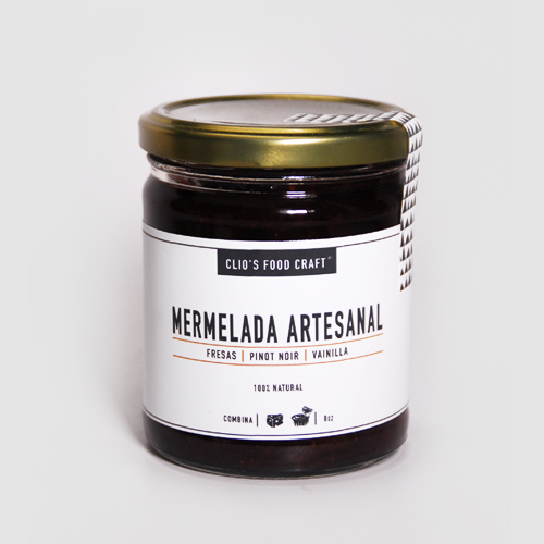 MERMELADA DE FRESAS,PINOT NOIR Y VAINILLA - Q.35 8oz. (236 ml)