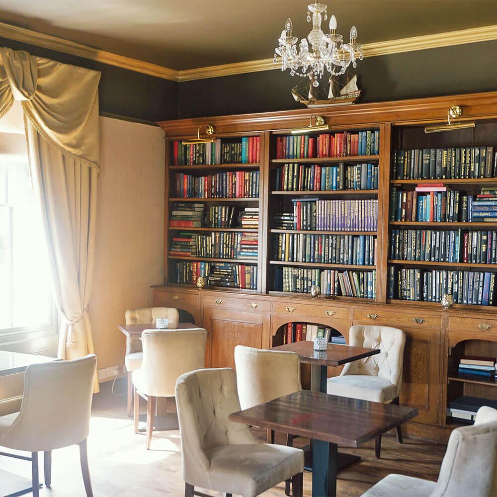 Dunedin interior book case