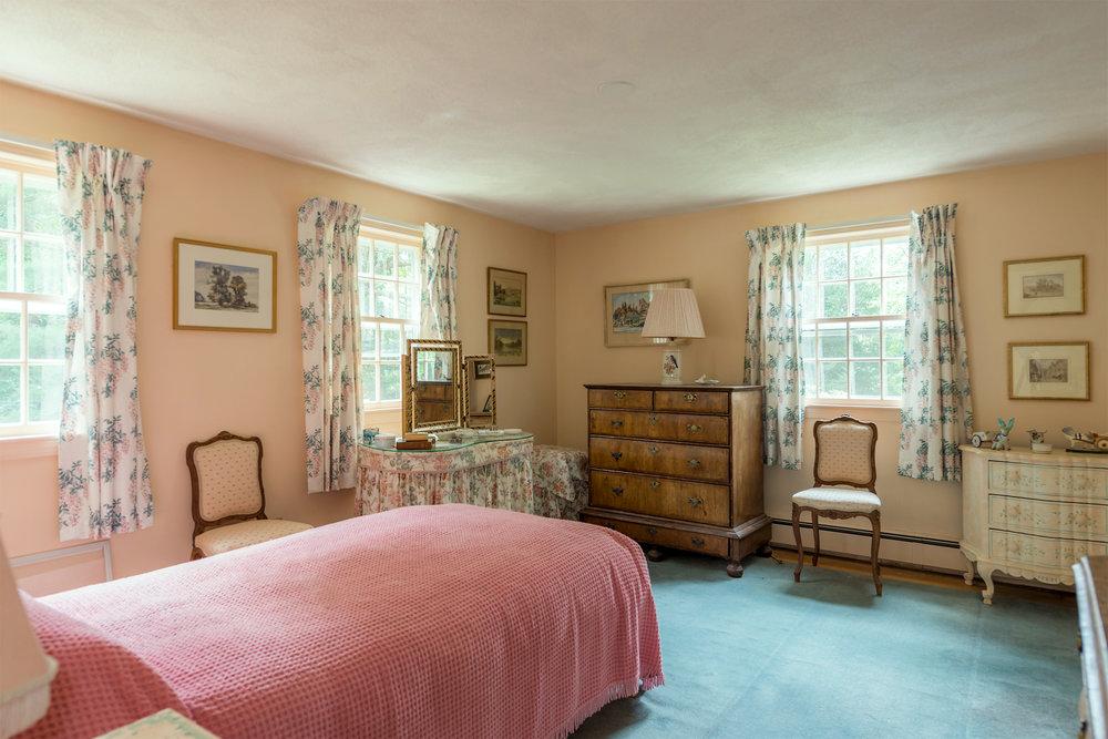 Bedroom1-1WEB.jpg