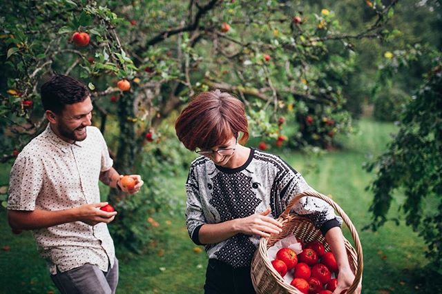 We've been in Freshford this weekend, secretly plotting and planning the menu for the next #hgscbristol on the 15th of June at The Watershed in Bristol for @bristolfoodconnections (ticket link in bio!) Poppy & Sam, we'll miss you collecting apples but can't wait for you all to meet some other amazing members of the @thehomegrowncollective #supperclub #livemusic #localfood #bristol