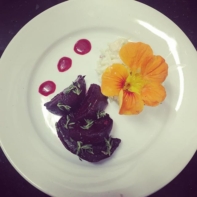 This Khol Rabi Remoulade with roasted beet, thyme & honey at #hgscbristol on Friday in collab with @bristolfoodconnections sourced #locally #organic and #plasticfree from @plowrightorganic helped us have a #timetoconnect with soil, society and soul #beauty #foodie #bristol #bfc2018