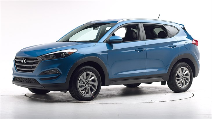 2018 Hyundai Tucson - with optional front crash prevention and specific headlights