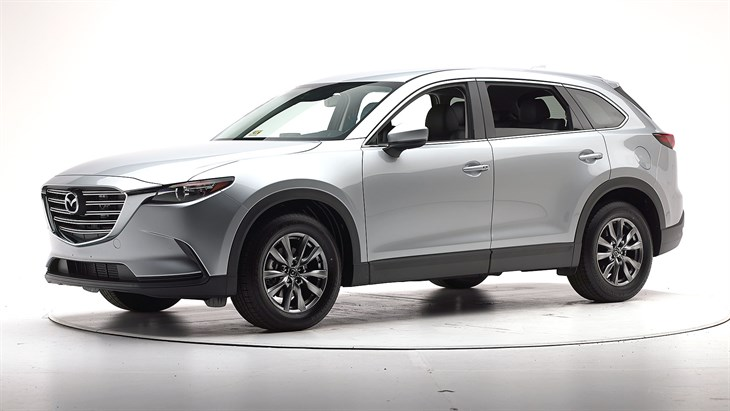2018 Mazda CX-9 - with optional front crash prevention and specific headlights