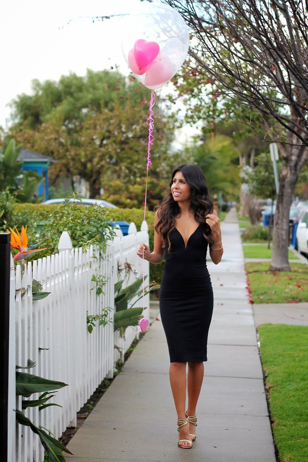 ebd877614815 little black dress, valentine's day outfit, LBD style, how to wear LBD