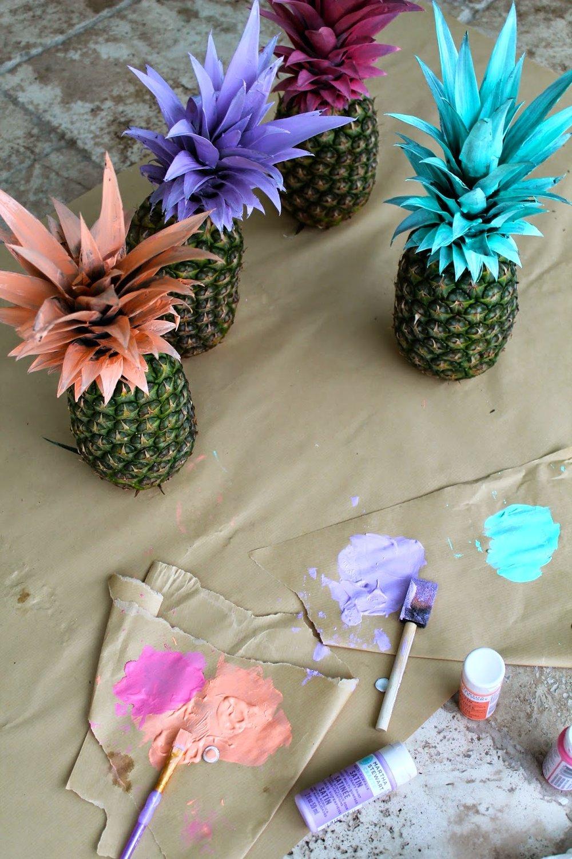 DIY Painted Pineapples