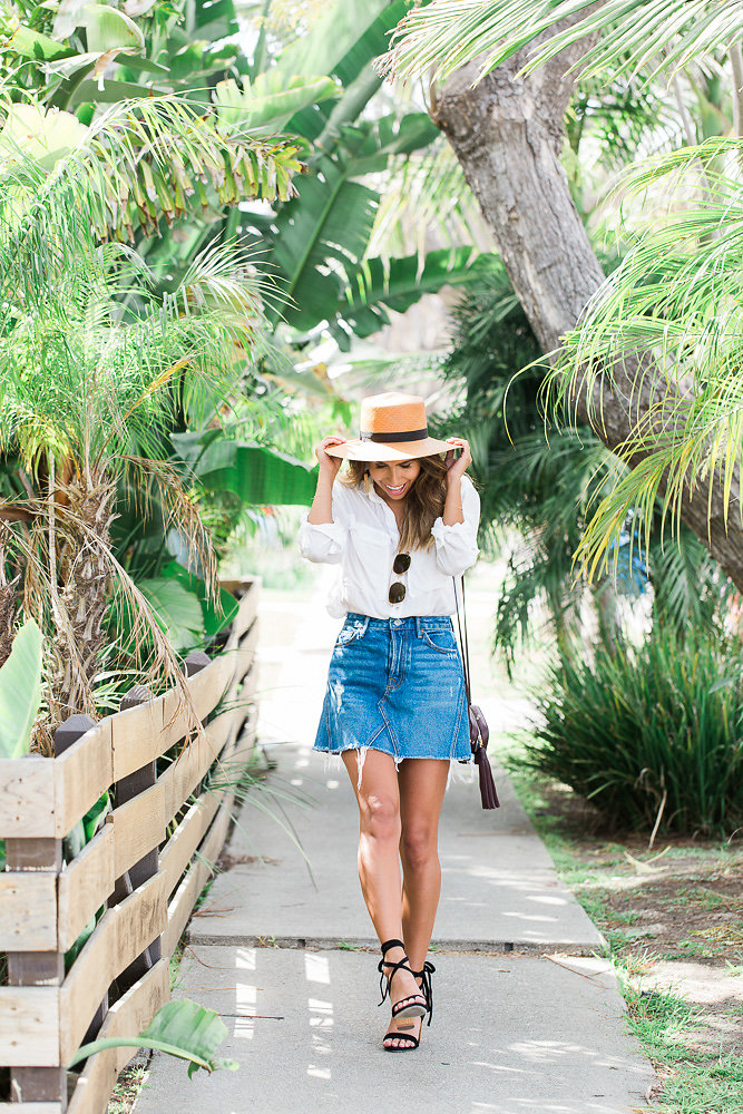 how to wear a denim skirt, denim skirt outfit ideas, raye heels