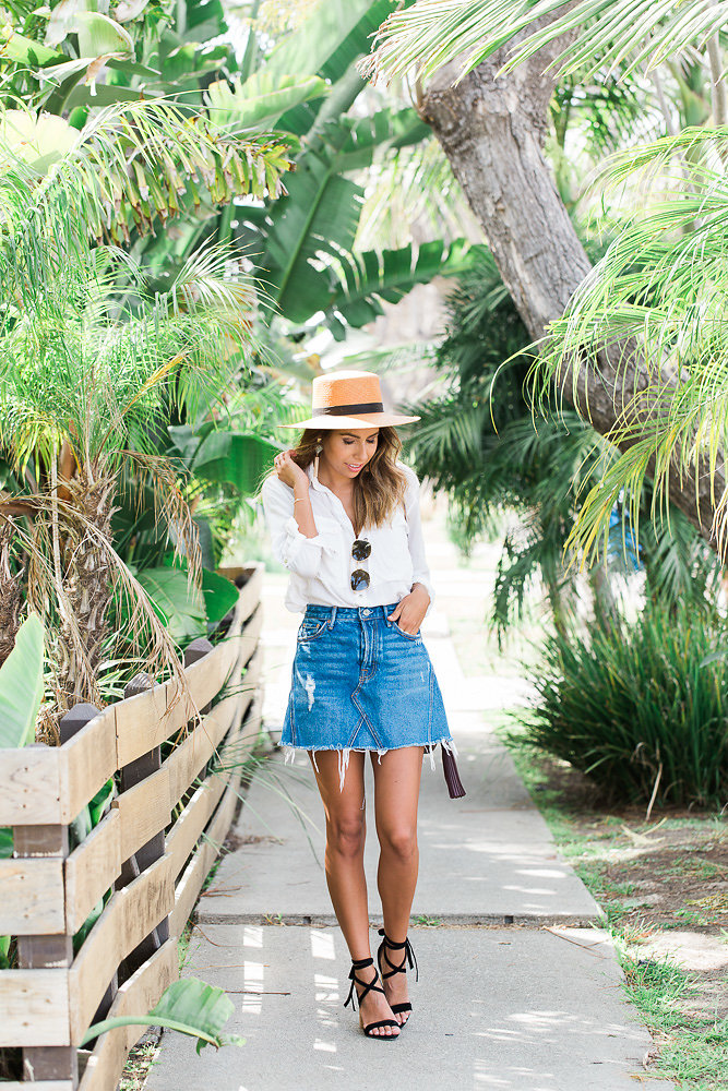 how to wear a denim skirt, denim skirt outfit ideas, summer looks