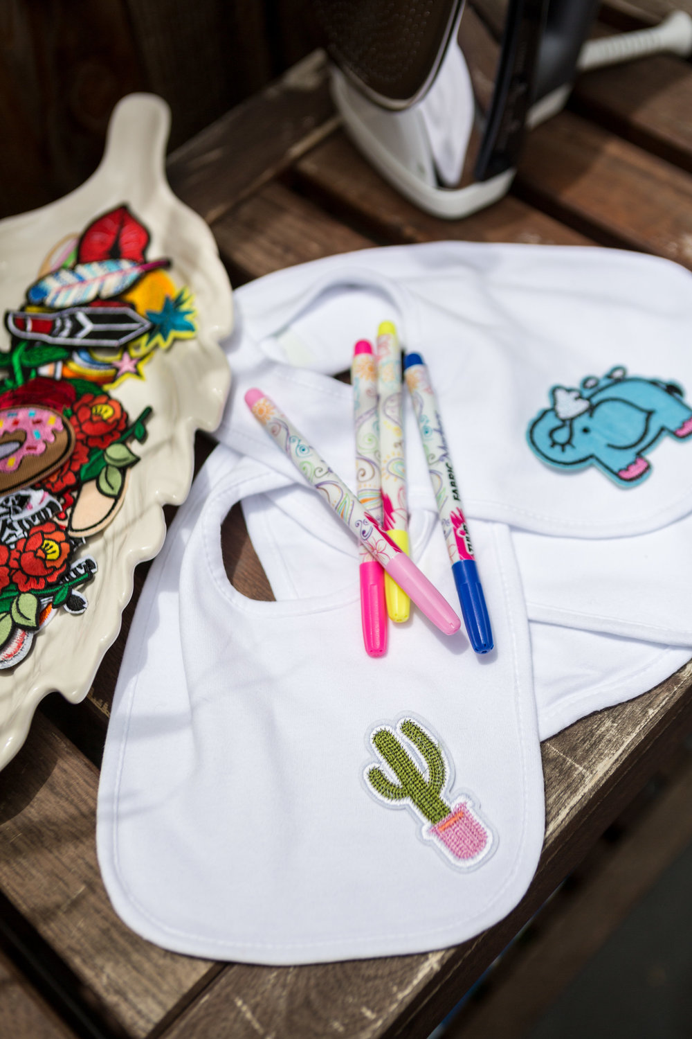 Baby Shower Activity: DIY Bibs