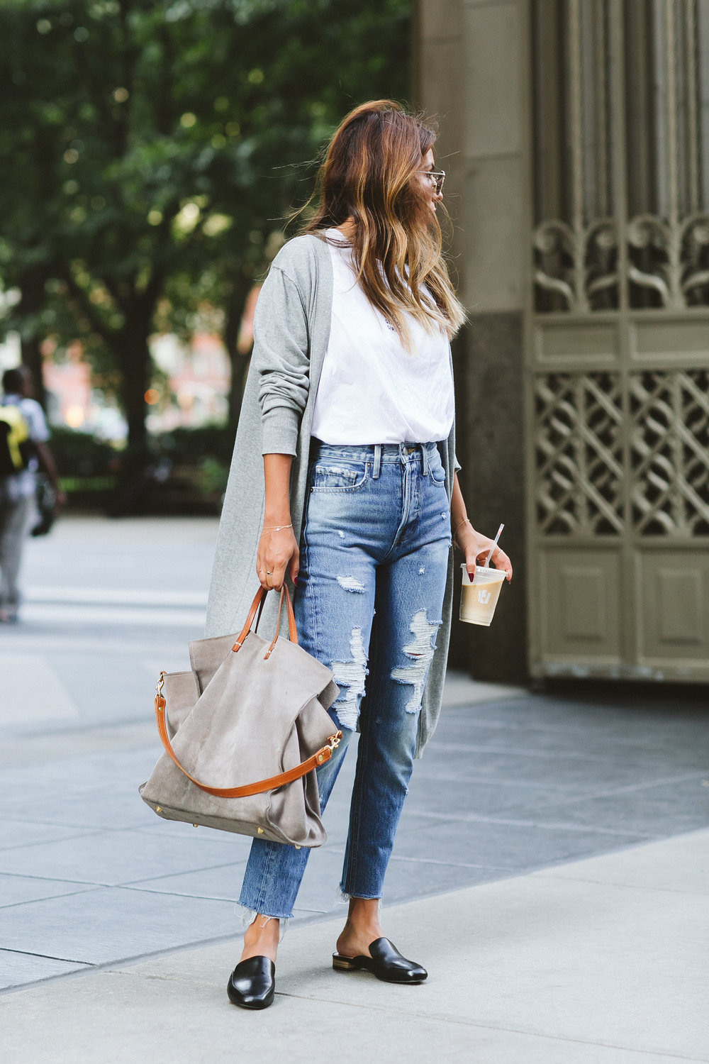 how to wear slides with jeans, high-waist jeans for petite girls, everyday pursuits