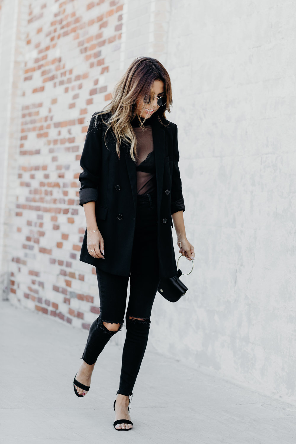 how to wear sheer tops, all black holiday outfit, simple zara look