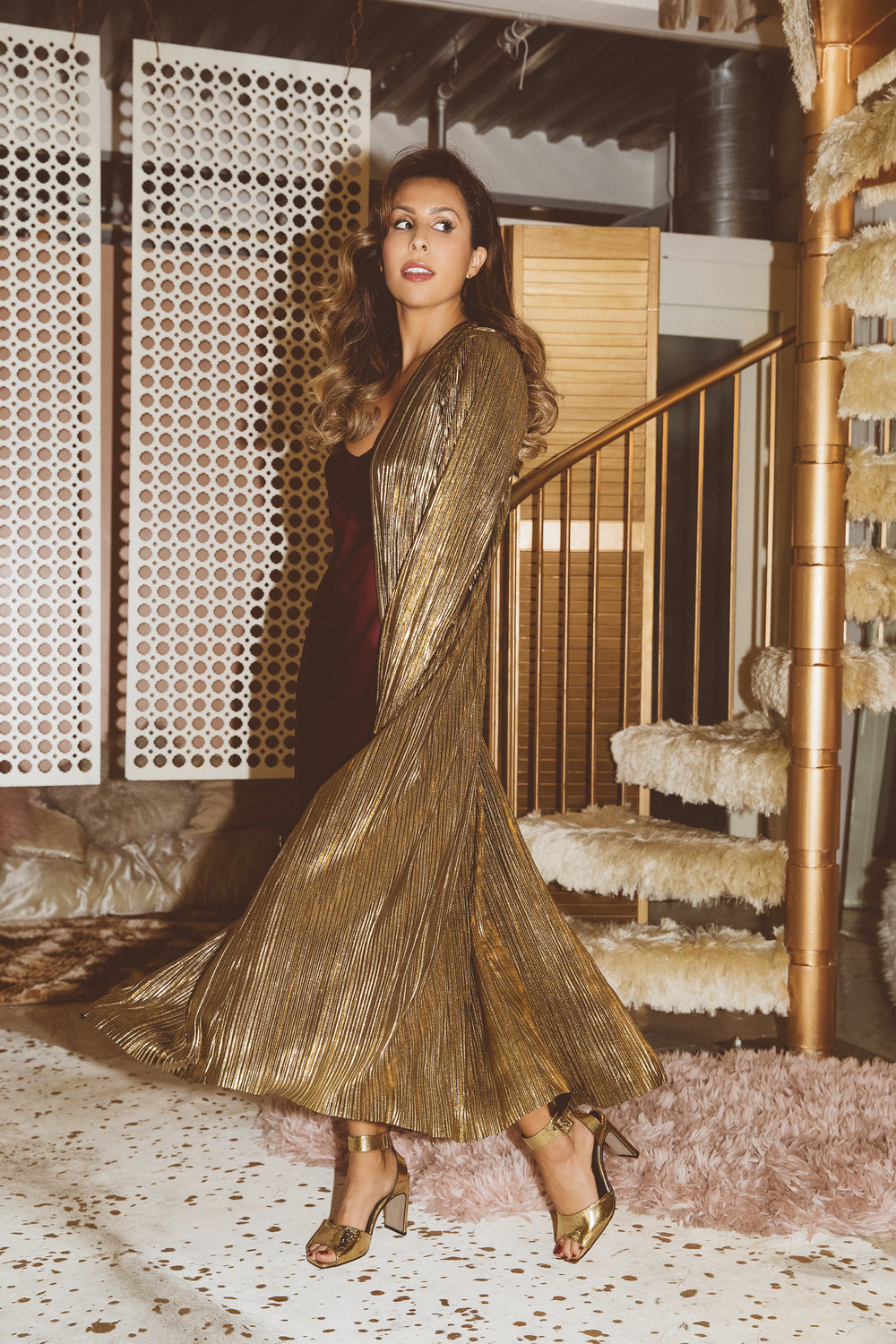 House of Harlow Metallic Duster - holiday outfit ideas