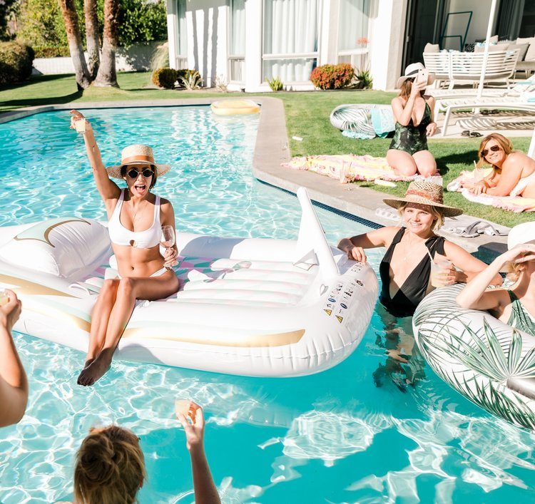 Palm Springs Packing List: Bachelorette Edition -