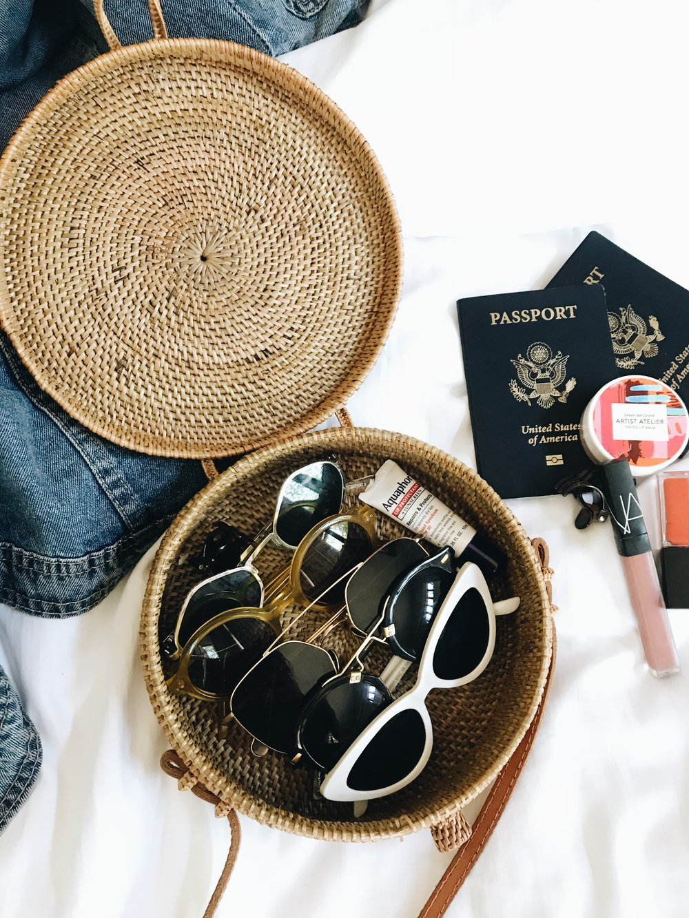 Trick for packing many sunglasses for vacation!