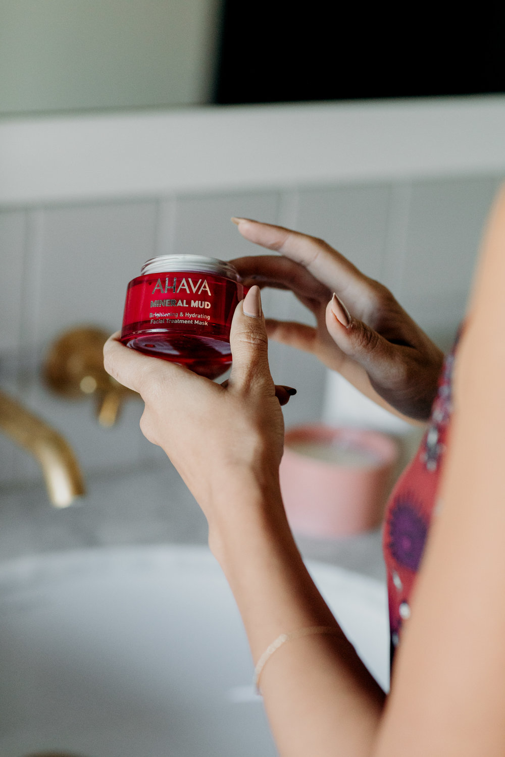 AHAVA mineral mud mask is perfect for pre-event or photoshoot prep.