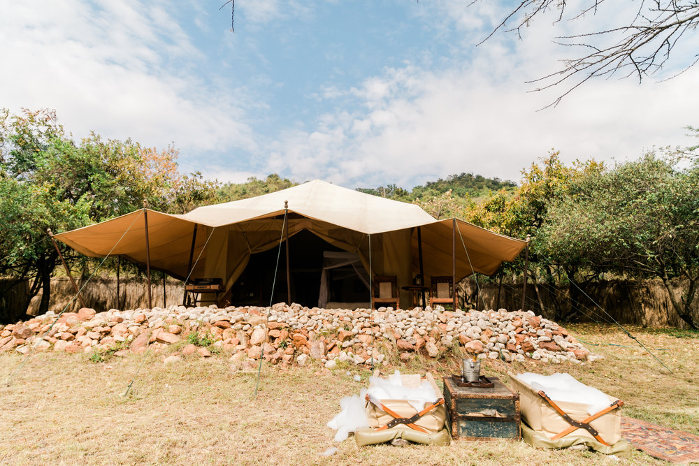 Cottars Luxury Camp with Bush Bath Set-Up Ph. Valorie Darling