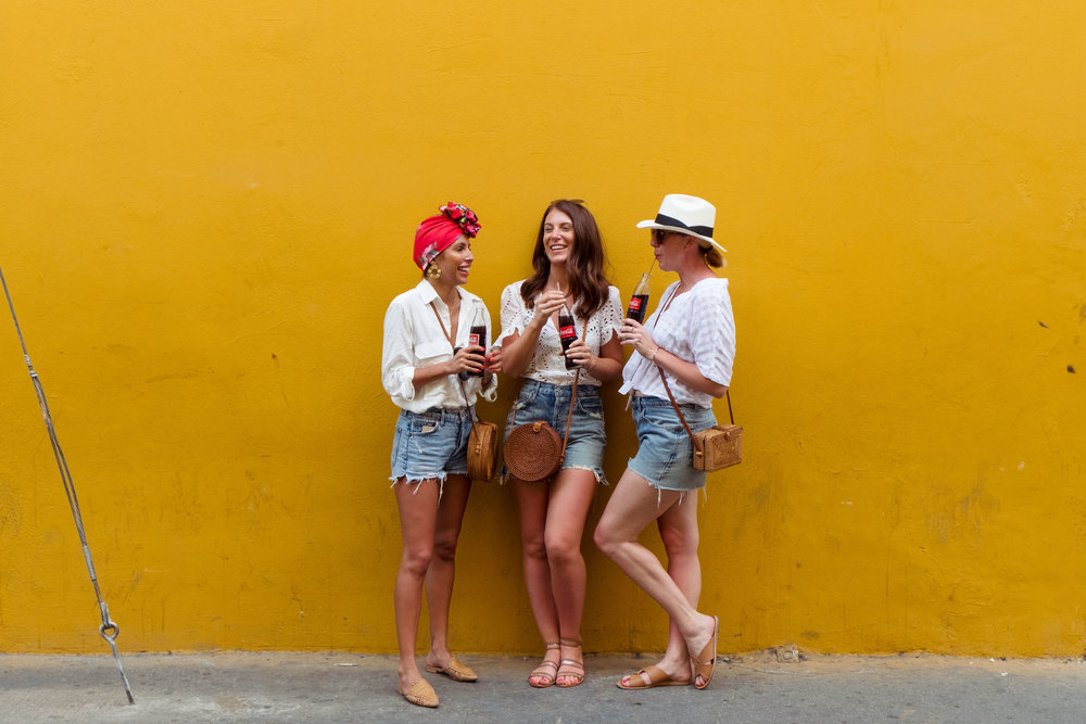 Gals hanging in Cartagena, Colombia