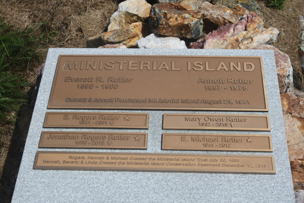 Ministerial Island (Penny Asherman) 3.JPG