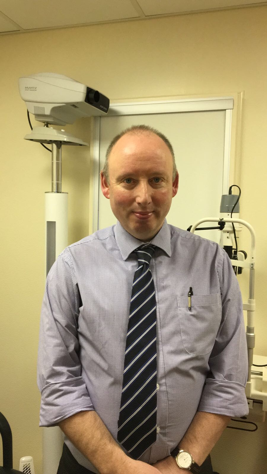 Tim BSc MCOptom   Optician   Tim is a qualified Optician with many years of experience in all aspects of optometry. Committed to providing the best in eye-care for all of his customers. He has been with the  SightDirect  team since we started providing eye-care in 2011.