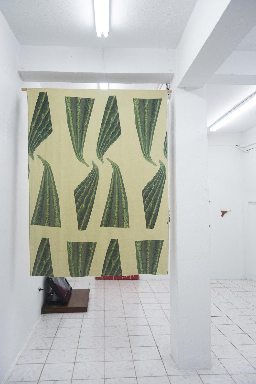 """Luis Brandelli / Estampa (Café) / Estampa digital sobre tejido de lino / 60"""" x 72"""""""