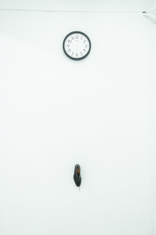 Angel Poyón / Dia verde / Reloj y zapato / Medidas Variables